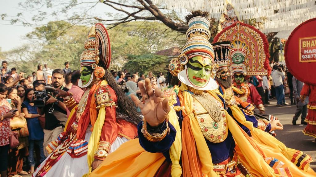 Kathakali dancers perform at a street carnival during Kochi new year celebration  © Dmytro Gilitukha