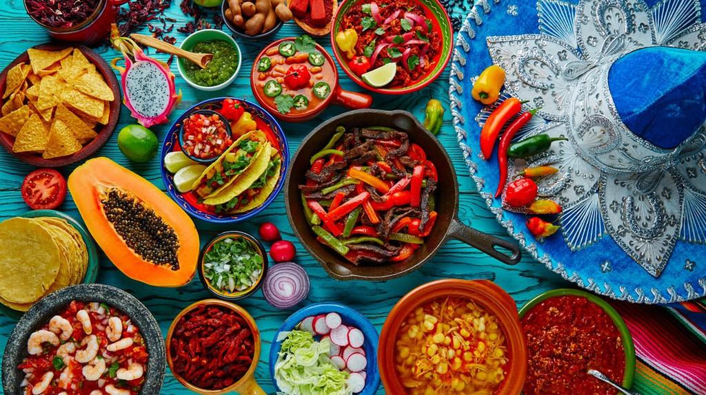 Mixture of Mexican cuisine   © holbox/Shutterstock
