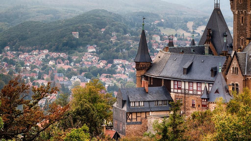 Wernigerode Castle in the Harz mountains, Germany   © Bildagentur Zoonar GmbH/Shutterstock