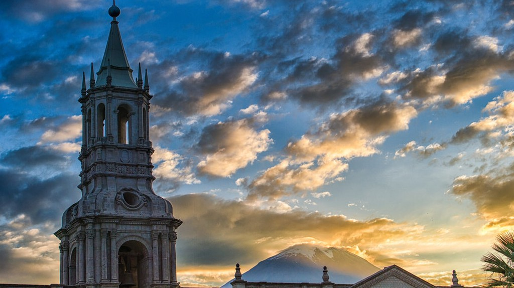 Church Arequipa | © sharptoyou / Shutterstock