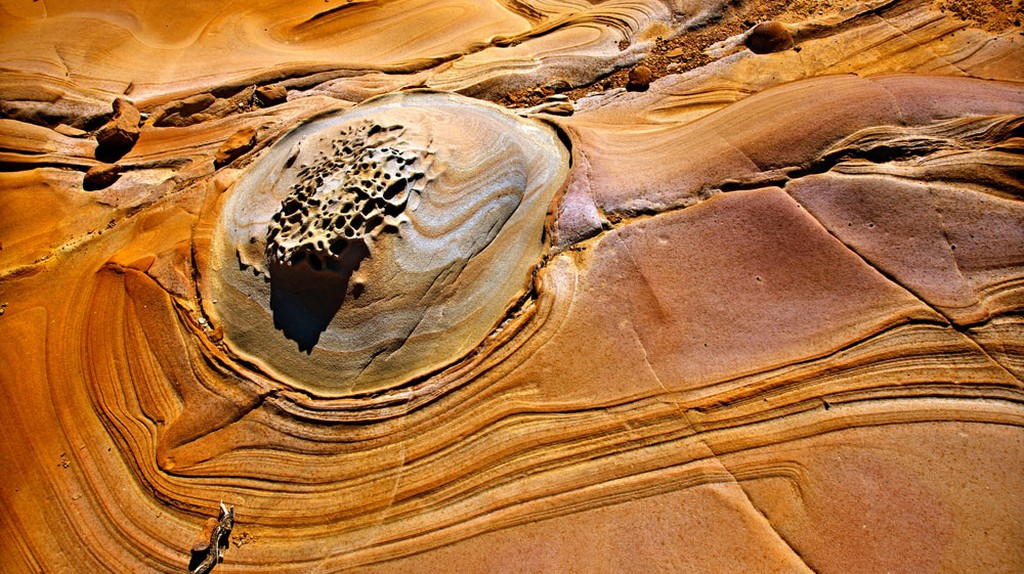 Amazing volcanic rocks at Faraklo beach, Lemnos | © Heracles Kritikos/Shutterstock