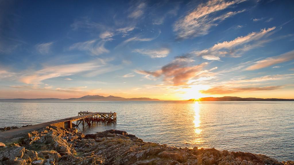 Portencross Pier  © John Mcsporran/Flickr