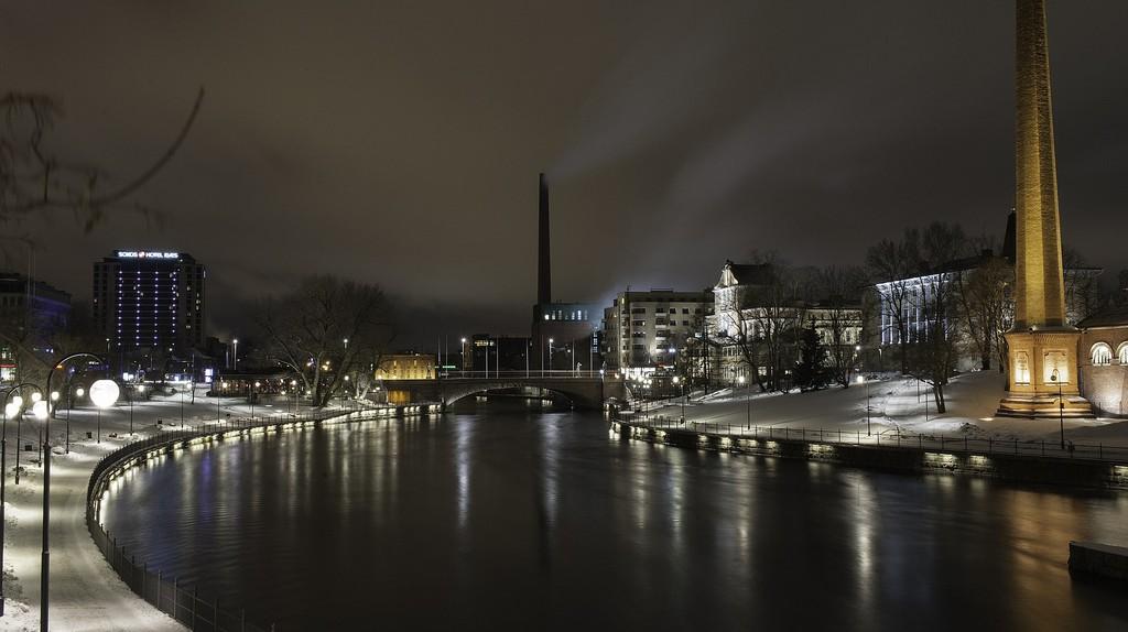 Tampere at night | © Apilisko / Pixabay
