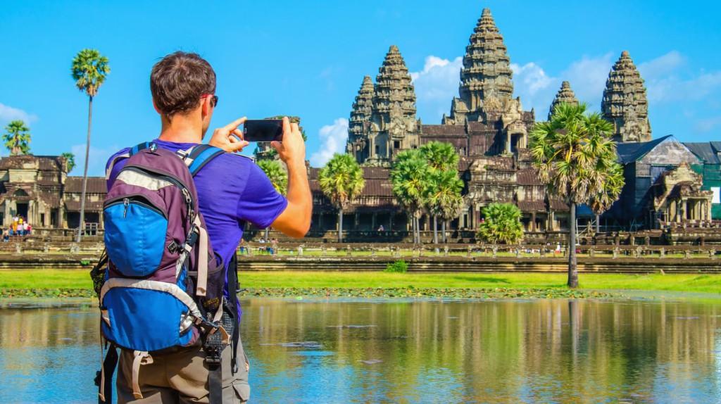 Tourist in Cambodia | © Anna Jedynak/ Shutterstock.com