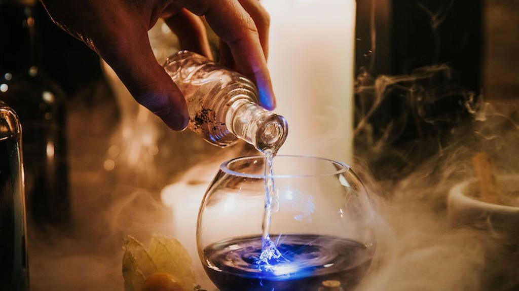 You Can Go to a Harry Potter Bar Where You Create Cocktails by 'Magic'