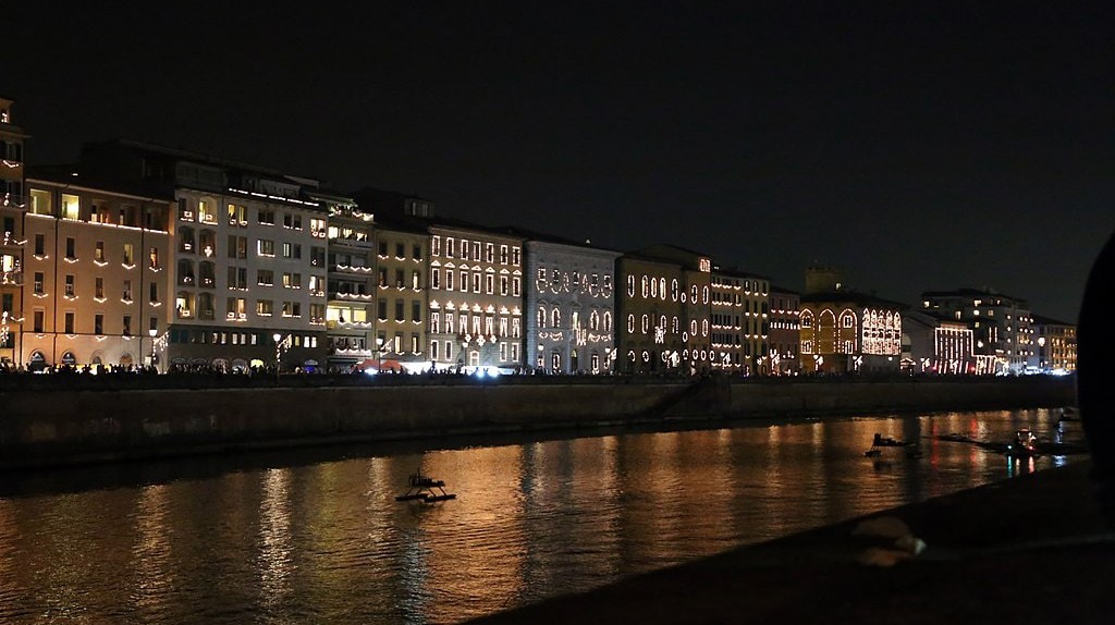 Lungarno of Pisa during the Luminara|©Sailko