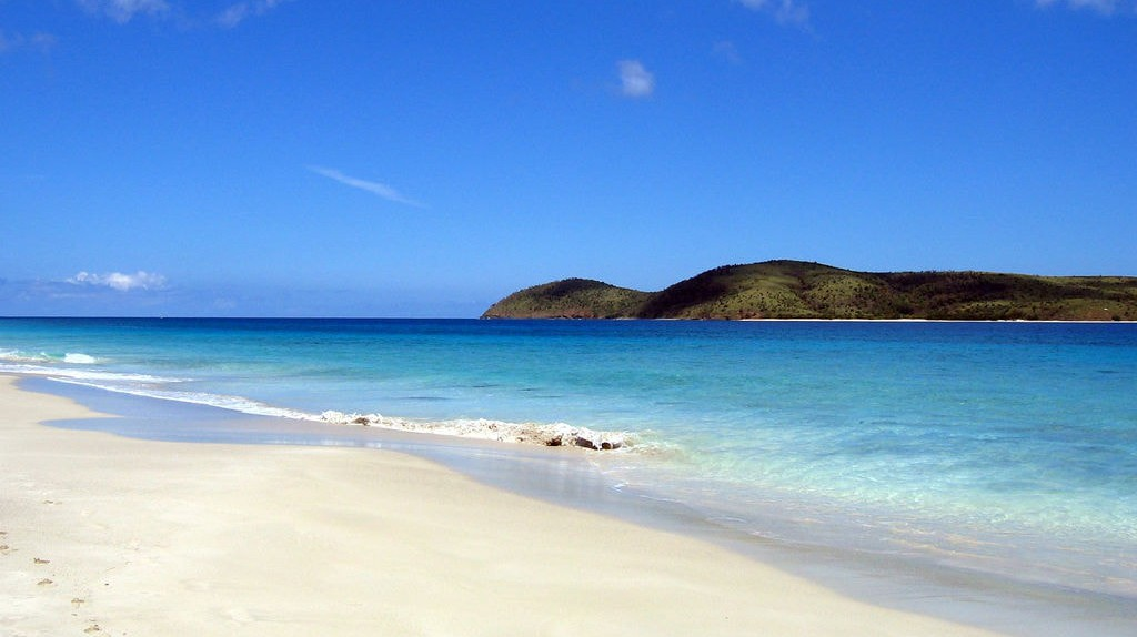 View of Culebra from Zoni Beach | © Bryan Vincent/flickr
