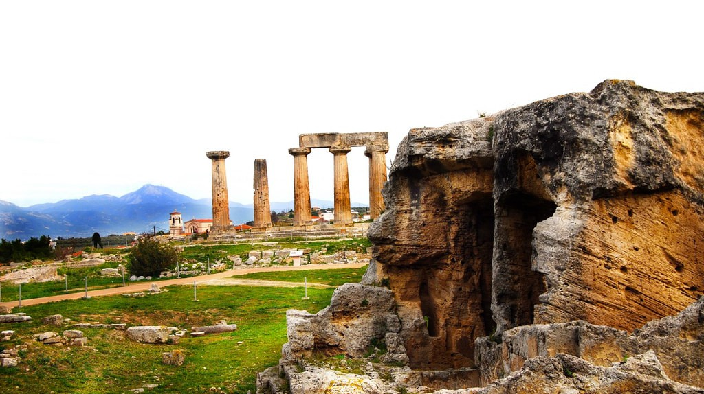 Temple of Apollo, Ancient Corinth   © Andy Montgomery / Flickr