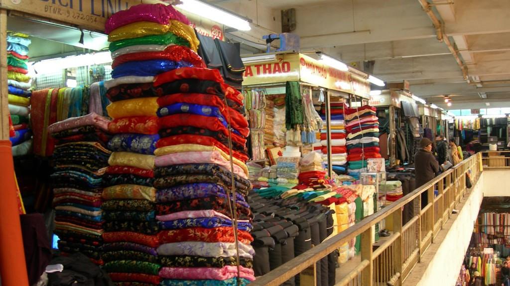 Hanoi Silk | © alq666/Flickr