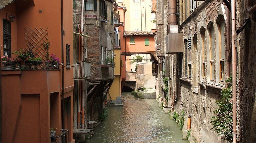 Moline Canal in Bologna ©Twice25&Rinina25