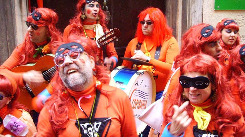Street celebrations during Cádiz's February carnival | © Balbo / WikiCommons
