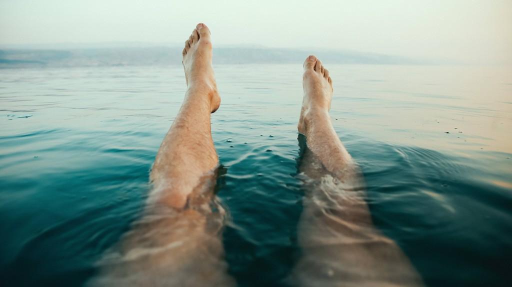 Floating in the Dead Sea | © Dewet Willemse/Unsplash