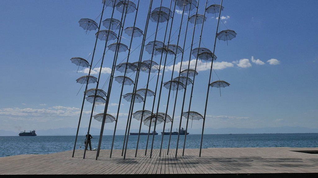 Umbrellas art piece in Thessaloniki | © RmX86 / Pixabay