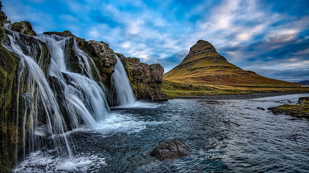 Iceland is a land of unique linguistic tradition | 12019 / 10279 images / Pixabay
