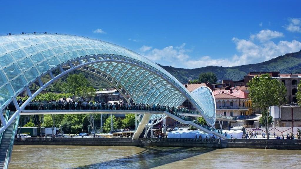 Peace Bridge | ©Levan Gokadze / Flickr