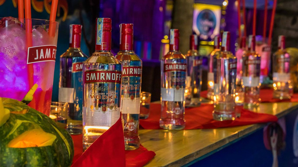 What's your party drink? | © The Sailing Club Nha Trang/Facebook