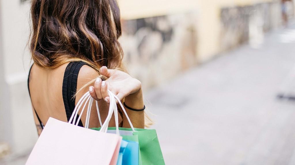 Shopping|©gonghuimin468/Pixabay