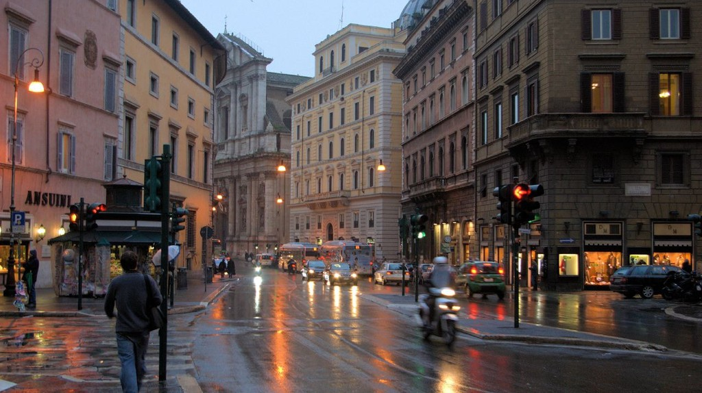 Rome in the rain | © L. Allen Brewer/Flickr