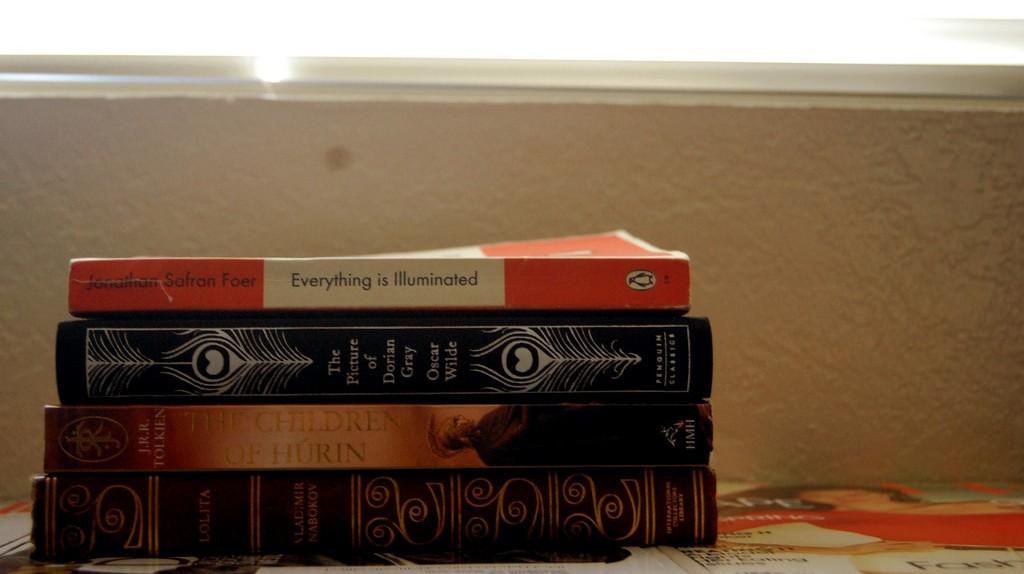 A Book Lover's Guide to Sacramento, CA