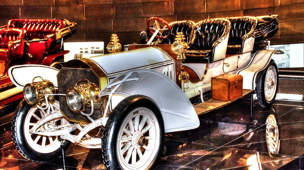 Mercedes Museum, Stuttgart | © marcschneider / Pixabay