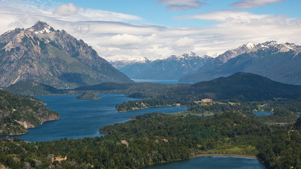 Bariloche and the lakes, Argentina   © Danielle Pereira / Flickr