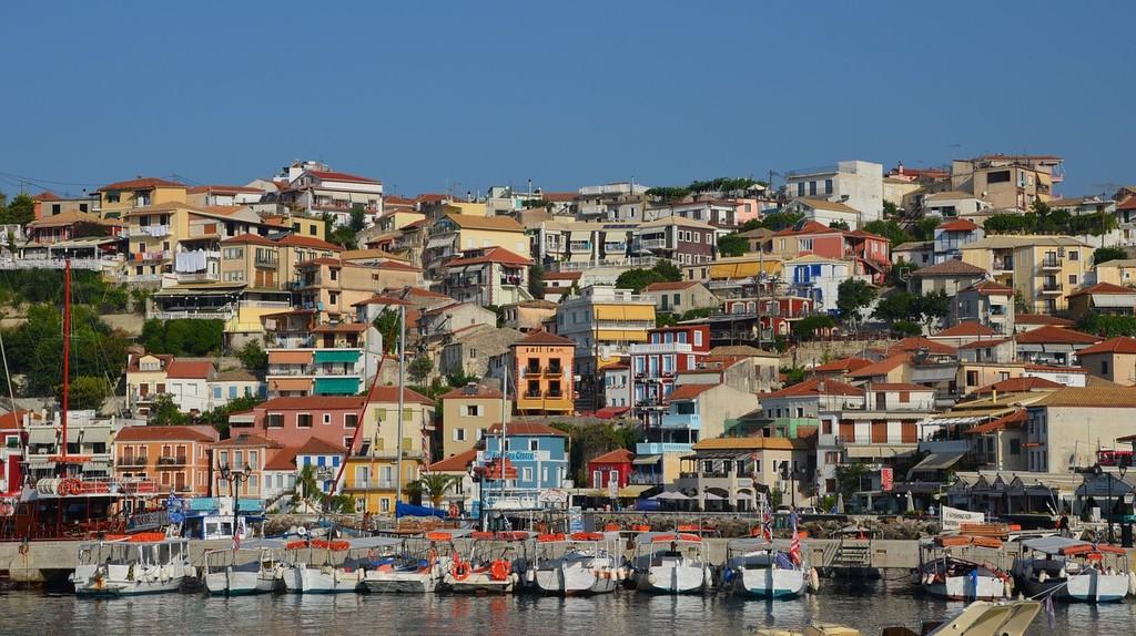 Port of Parga, Epirus  | © eartner/Pixabay