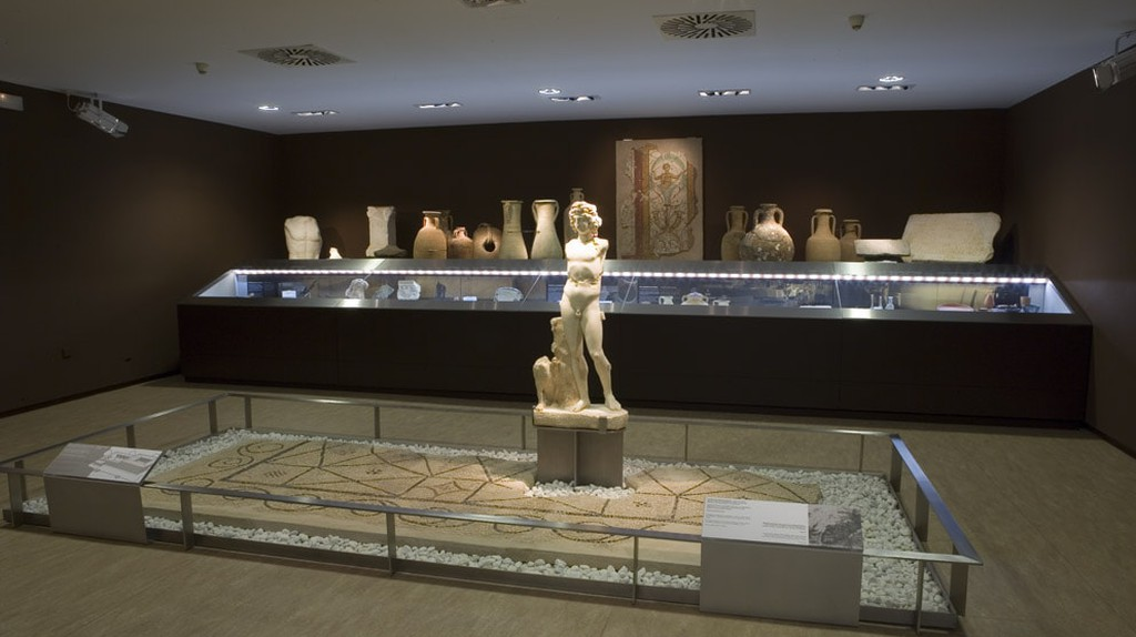 An exhibition room in the Museo de Almería | © Museo de Almería / WikiCommons