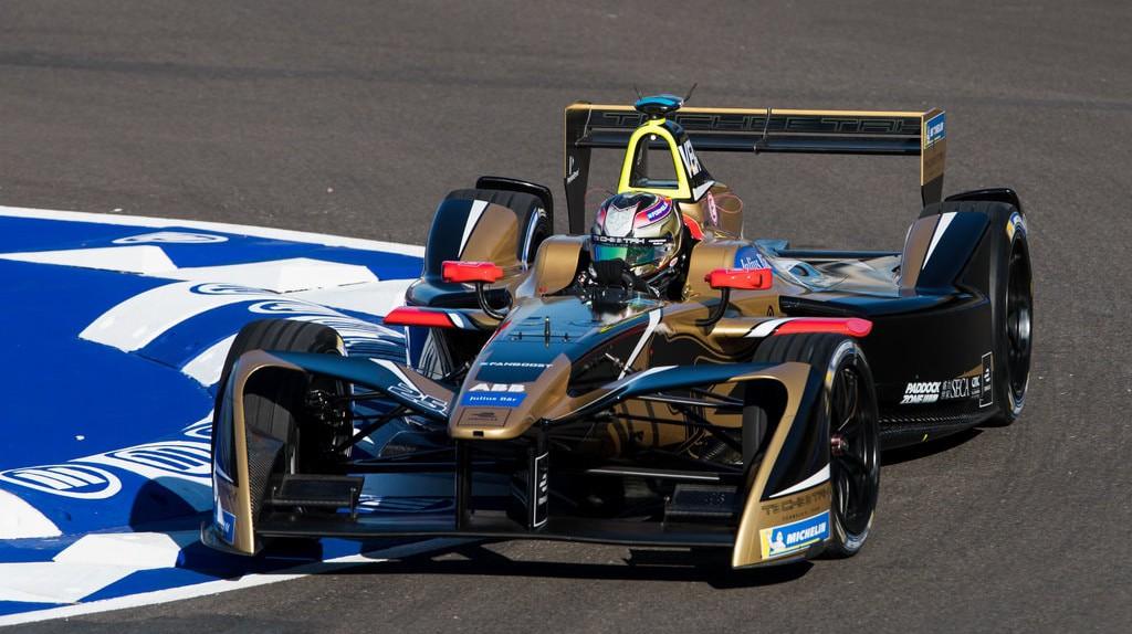 Jean-Éric Vergne racing at the 2018 Marrakesh ePrix   © Zak Mauger/LAT/Formula E