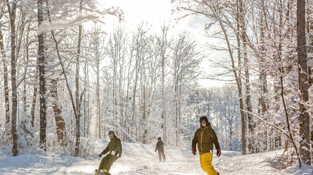 Ski Wentworth | © Applehead Studio Photography