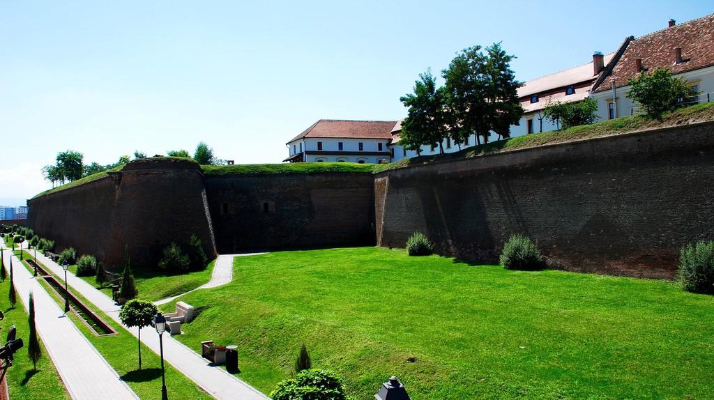 Alba Iulia citadel, Romania   © Remus Pereni/ Flickr