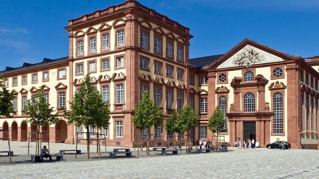 Mannheim Castle | © domeckopol / Pixabay