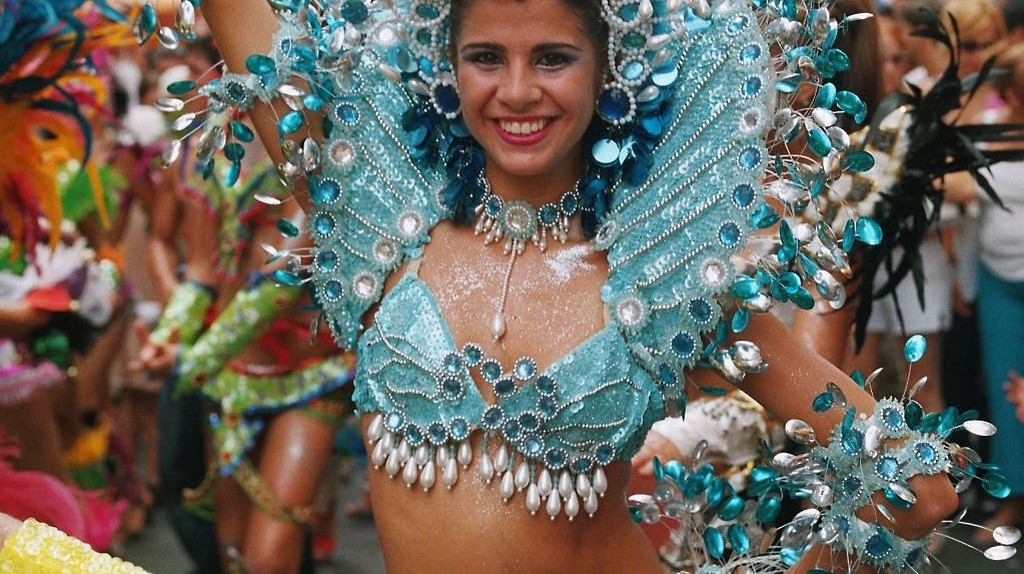 Encarnacion Carnaval | © Jost Riedel/Wikipedia