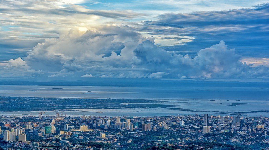 Bird's eye view of Cebu City from the Tops Lookout