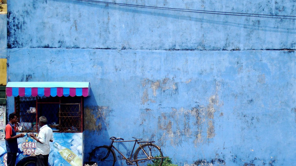 Blue Wall and Cream Soda in Colombo
