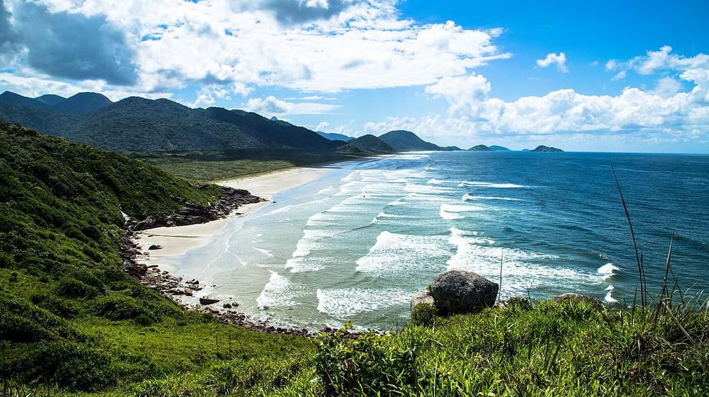 The untouched beaches of Ilha do Cordoso