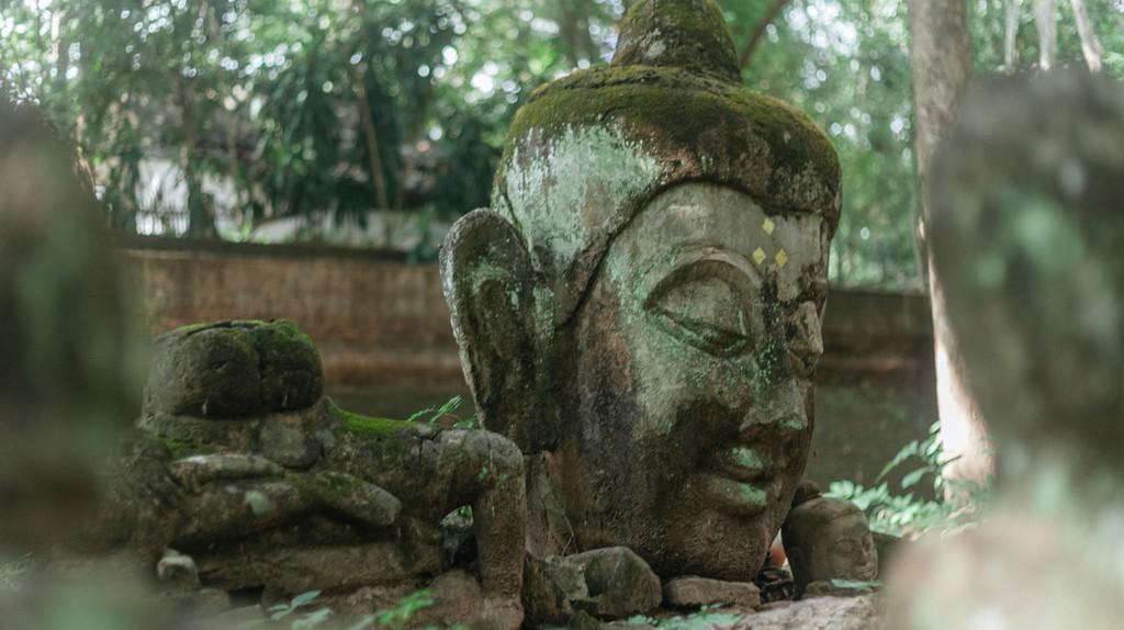 Statue in Wat Umong, Chiang Mai | © Gioia Emidi / Culture Trip