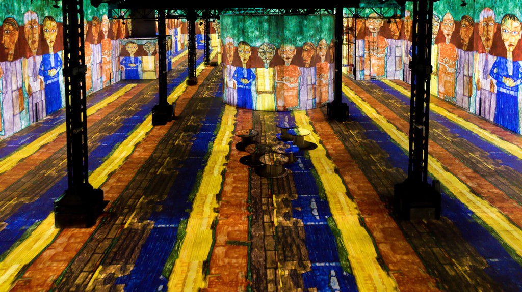 The immersive exhibition Atelier des Lumières