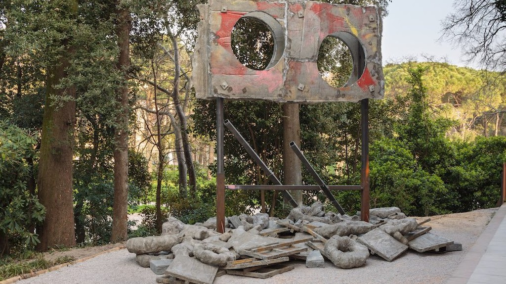 Installation view, Phyllida Barlow, 'folly', British Pavilion, 57th Venice Biennale, Italy, 2017