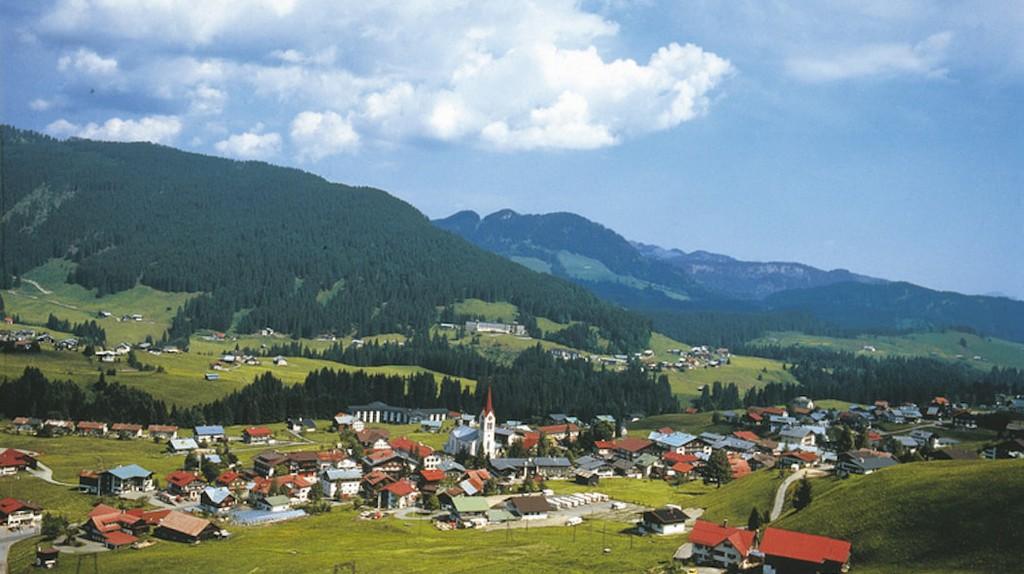 The nearby town of Kleinwalsertal | © Austrian Tourist Board