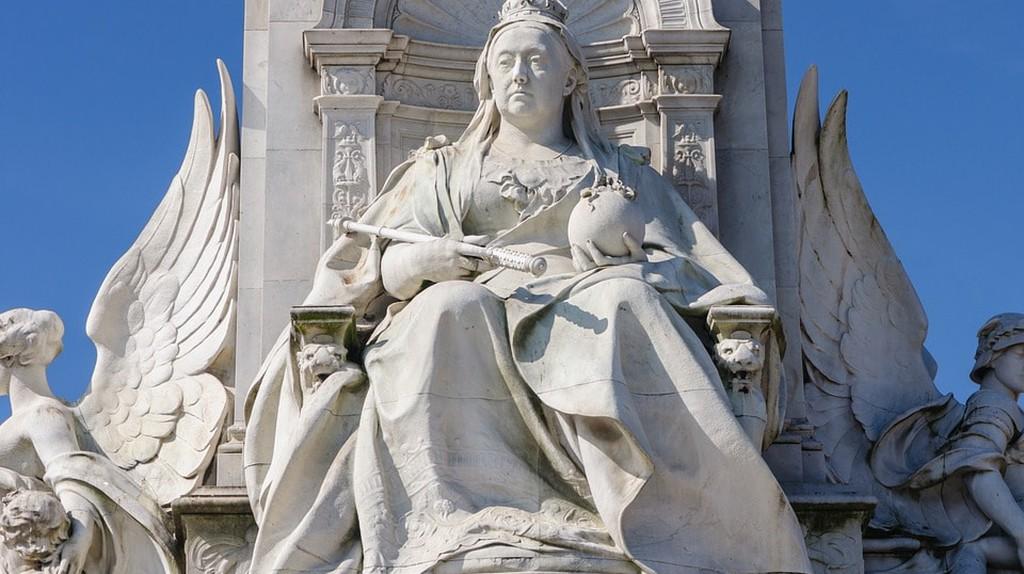 Victoria Memorial, The Mall, London