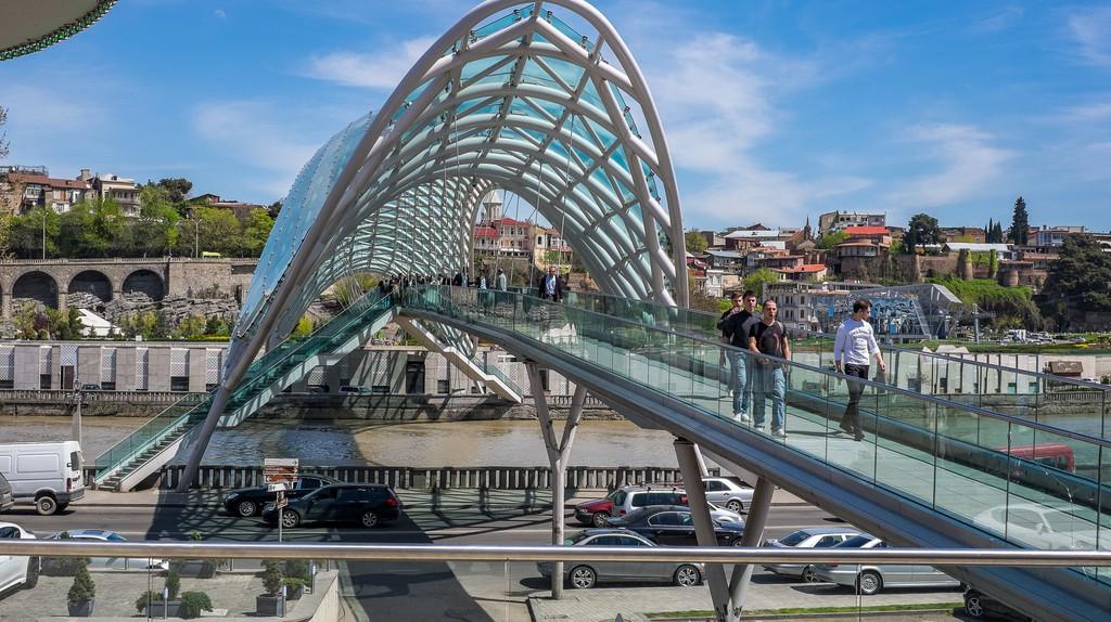 Peace Bridge in Tbilisi | © jagermesh / Flickr