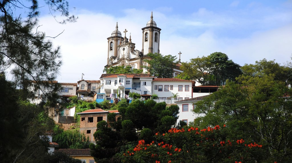 The artist Guignard was inspired by Ouro Preto's beautiful scenery and landscapes