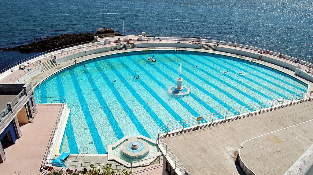 The blue waters of Tinside Lido