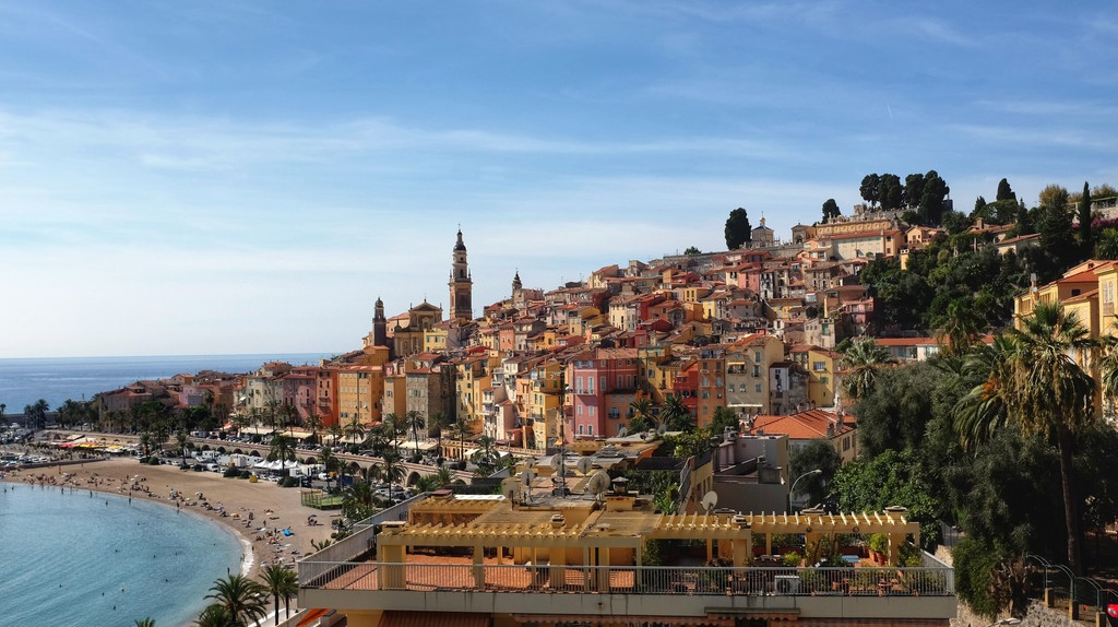 The golden colours of Menton