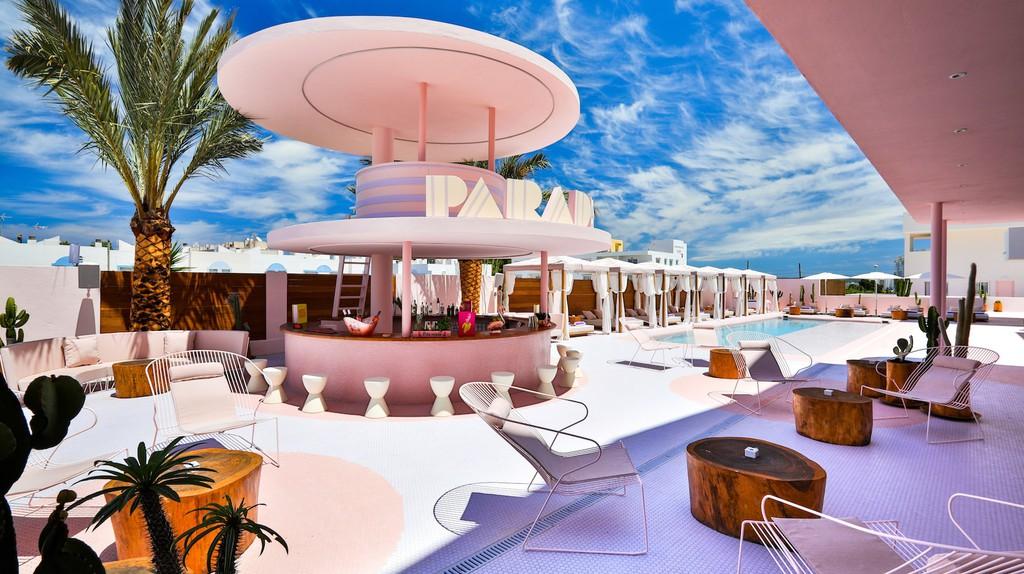 Pool and terrace bar