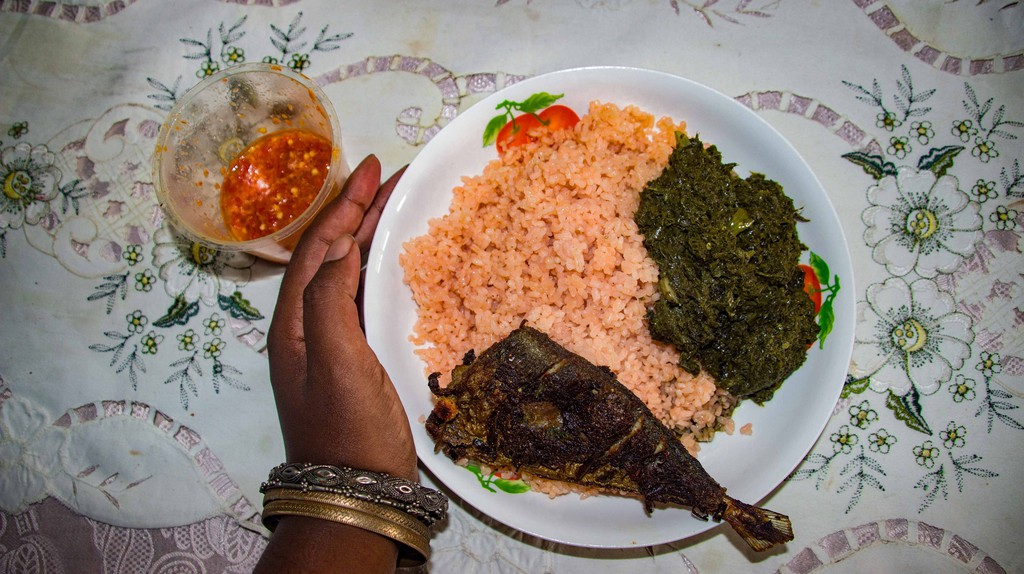 Rice, grilled fish and pondu