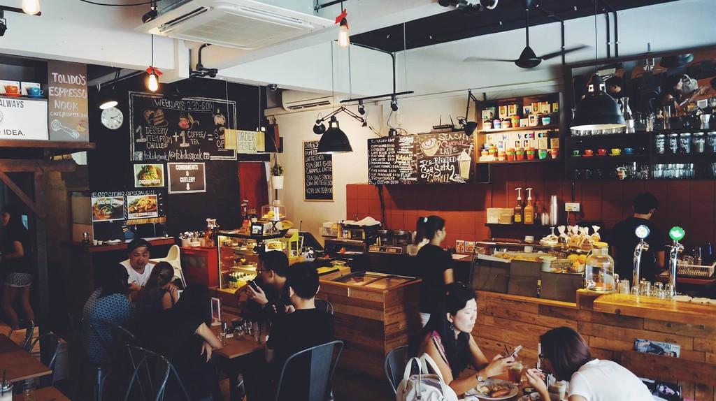 Tolido's Espresso Nook's chic and casual interiors
