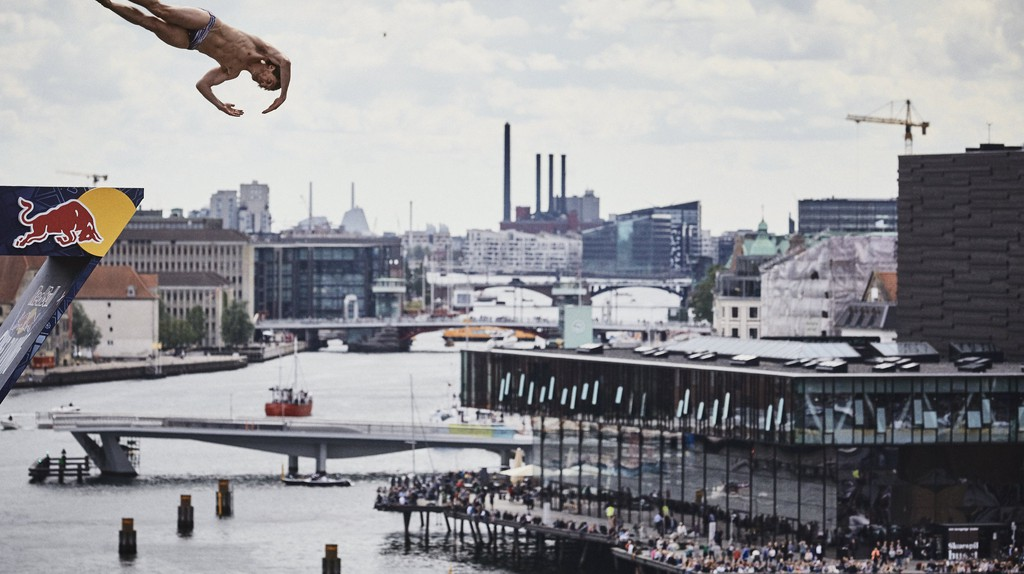 Gary Hunt at Red Bull Cliff Diving World Series 2016