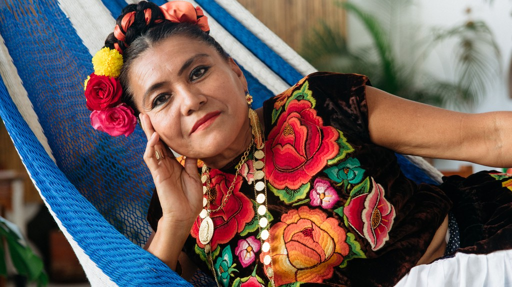 Behind the Scenes of Traditional Juchitán Dressmaking