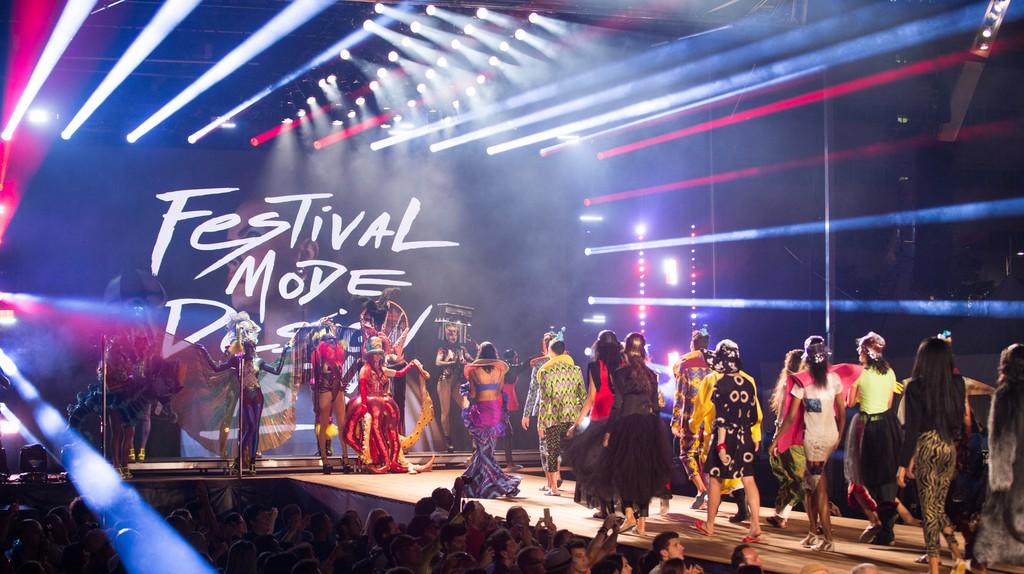 Runway presentation from Festival Mode & Design 2017